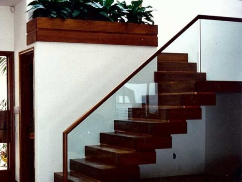 Install Staircase Glass Railings from Westoaks Glass and Mirrors located in Los Angeles