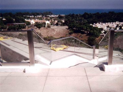Get Glass Railings Installed for Your Home from Westoaks Glass and Mirrors