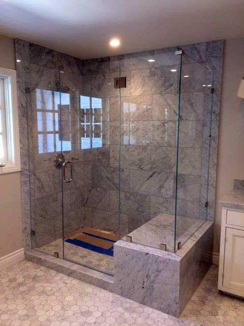 Westoaks Glass Shower Door Enclosures in Los Angeles