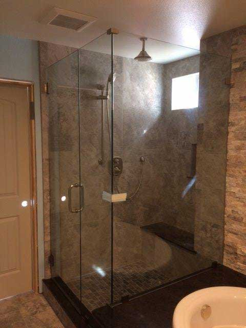 Weatoaks Glass Shower Door Options available in Los Angeles