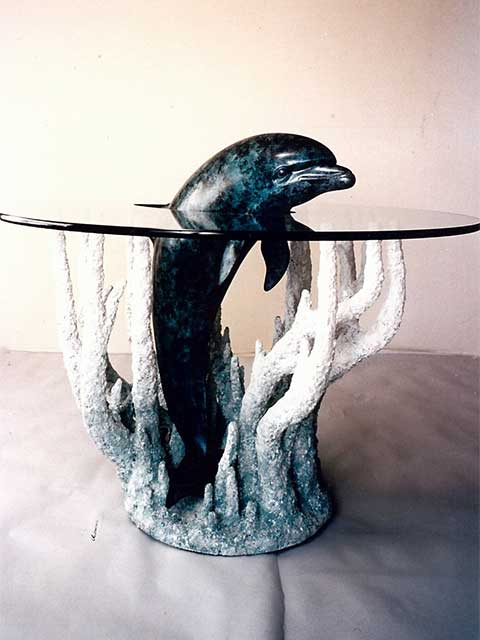 Unique Glass Table Top Design by Westoaks at Los Angeles