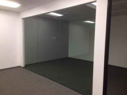 Install Commercial Glass Partitions from Westoaks Glass and Mirrors in Los Angeles
