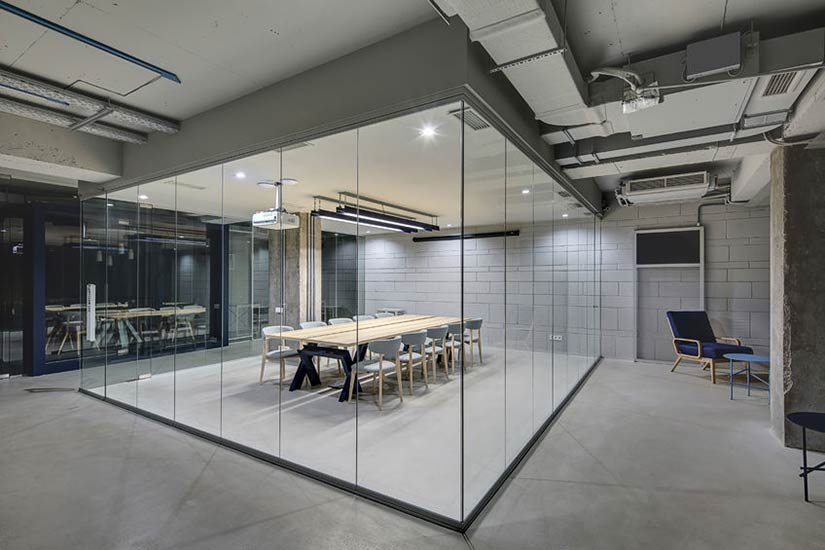 Glass Partitions Click to View Photo Gallery