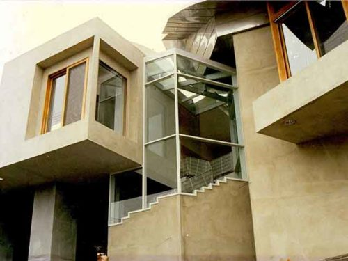 Install Glass Walls from Westoaks Glass and Mirrors in Los Angeles